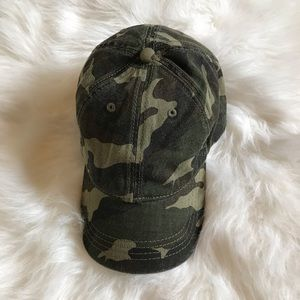 american eagle outfitters camo hat